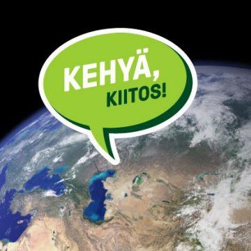Kehyä, kiitos! -kampanjan logo. Logossa on maapallo, josta lähtee puhekupla Kehyä, kiitos! -tekstillä.