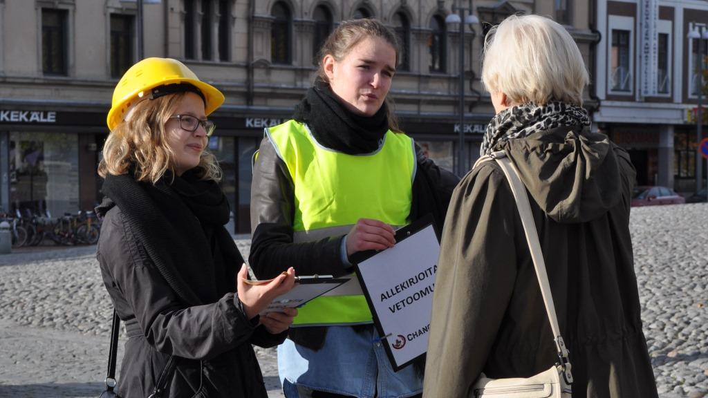 Changemakerin Kaapparit kuriin! -kampanjatapahtuma Tampereella lokakuussa 2013