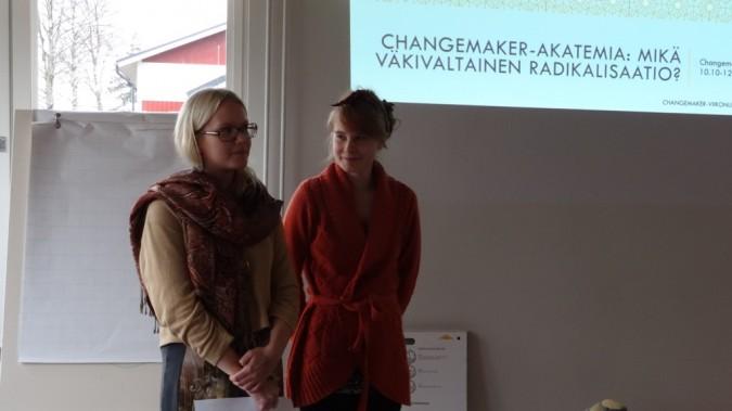 Changemaker Akatemialaiset Katariina ja Ruut kouluttivat radikalisaatiosta ja sen ehkäisemisestä.
