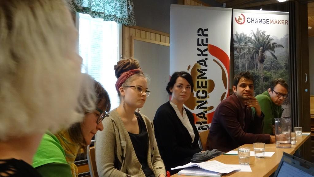 Radikalisaatio-paneelin juontajat ja puhujat saivat viikonlopussa aikaiseksi innokasta ajatuksenvaihtoa ja keskustelua.