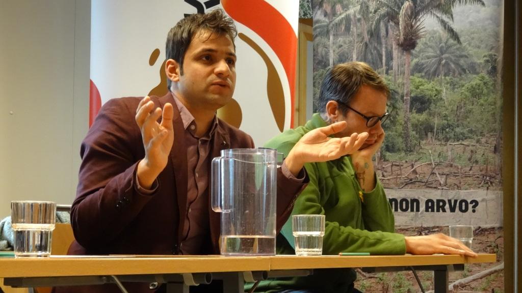 Panelistit Osama Al Aloulou ja Onni Sarvela.