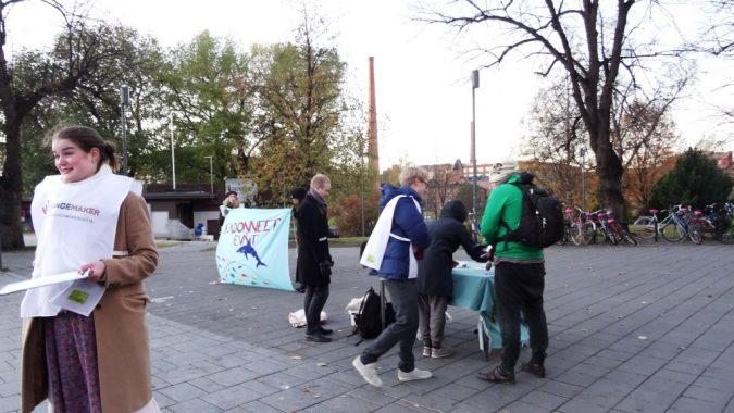 Kalakampanjointia jäsenkokouksen päätteeksi Tampereella.