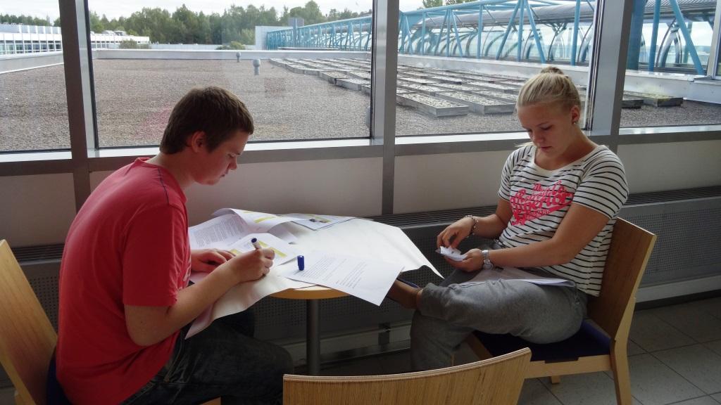 Paikallisryhmäpäivässä suunnitellaan kouluvierailuja pienryhmissä.