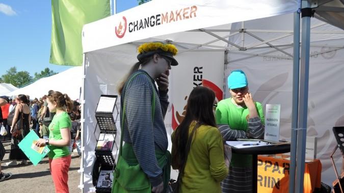 Changemaker-toiminnan esittelyäkesäkiertueella 2013