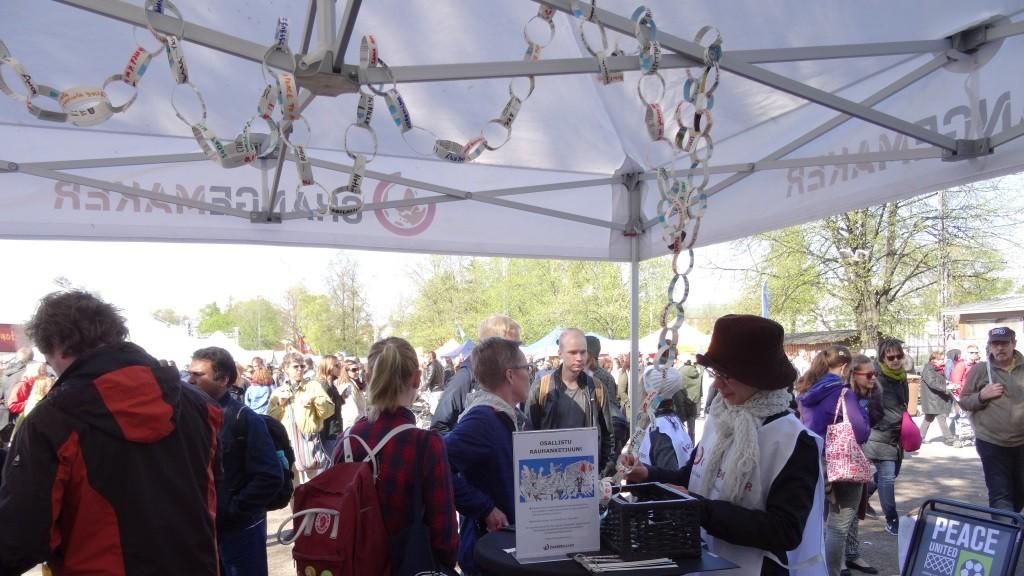 Maailma kylässä-festivaalilla ja Changemakerin teltalla kävi kova vilinä.