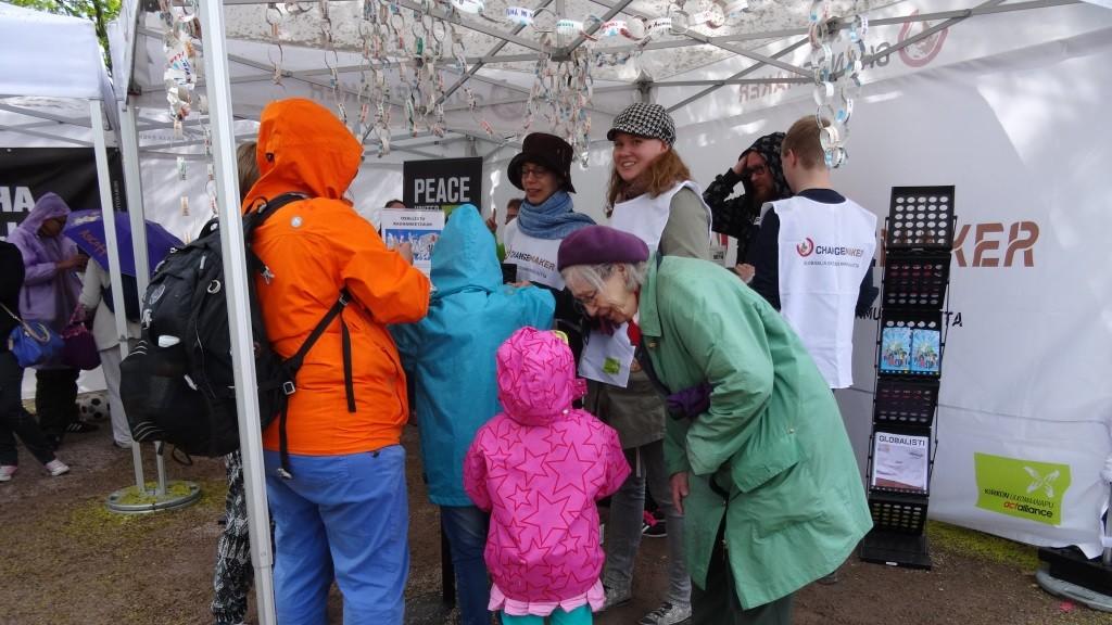 Changemaker oli näyttävästi esillä Maailma kylässä-festivaalilla Helsingissä.