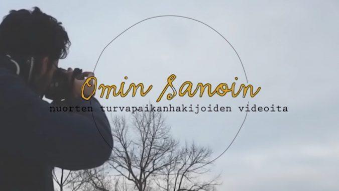 mies kuvaamassa ja Omin sanoin -logo
