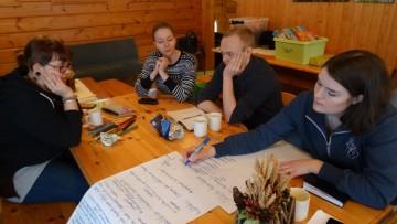 Ryhmätyöskentelyä paikallisryhmäpäivässä Kuopiossa