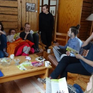 Ryhmätyöskentelyä strategiapäivässä