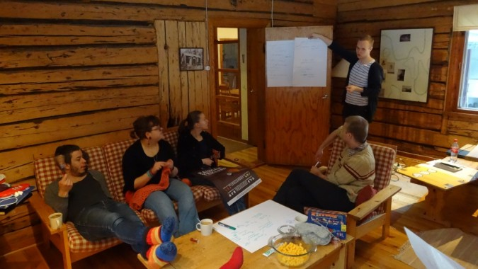 Patrick esittelee ryhmätöiden tuloksia